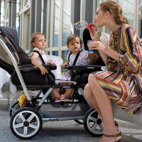 Как выбрать коляску для двойни в Одессе?